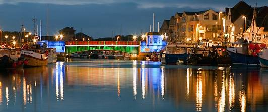 weymouth harbour nightime